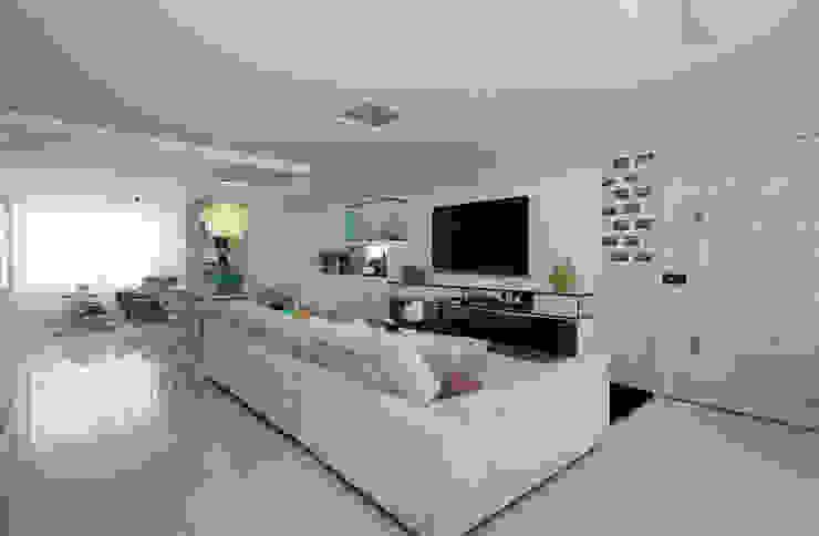 Apartamento Jovem casal por Celia Beatriz Arquitetura Minimalista