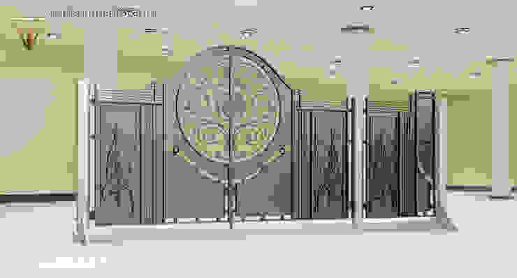 """""""Wschód Słońca"""": styl , w kategorii  zaprojektowany przez TORA bramy i ogrodzenia,Nowoczesny"""