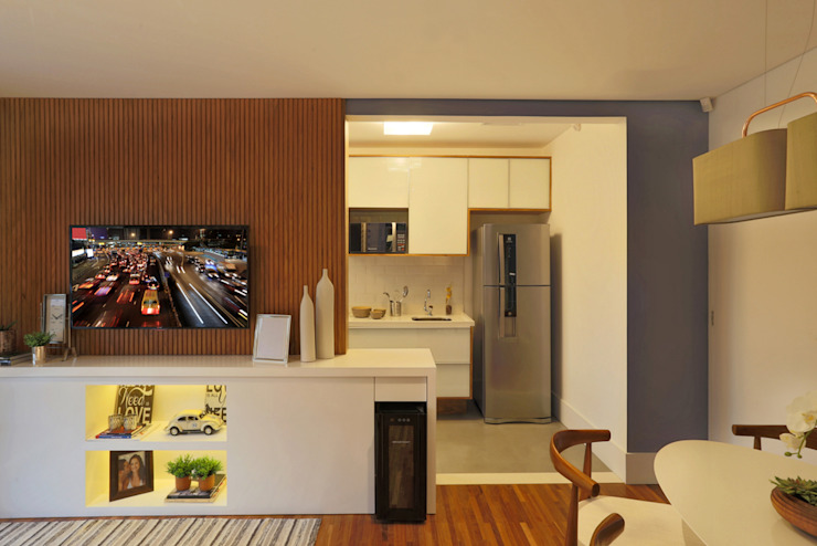 Modern Kitchen by SESSO & DALANEZI Modern