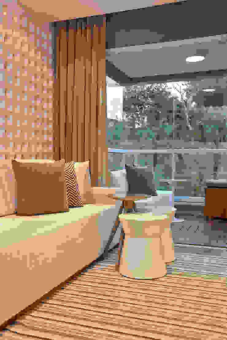 Brooklin | Decorados Salas de estar modernas por SESSO & DALANEZI Moderno