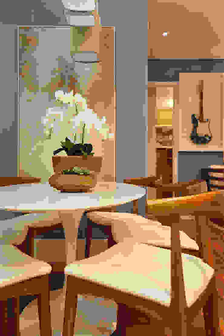Brooklin | Decorados Salas de jantar modernas por SESSO & DALANEZI Moderno