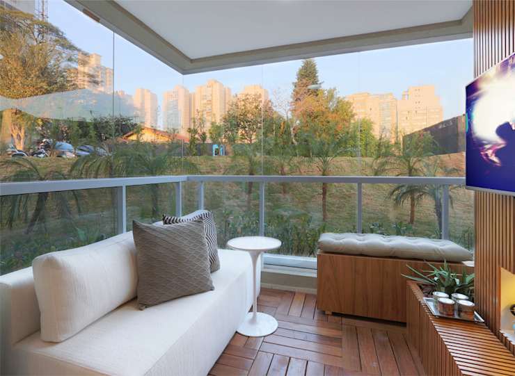 Modern Terrace by SESSO & DALANEZI Modern