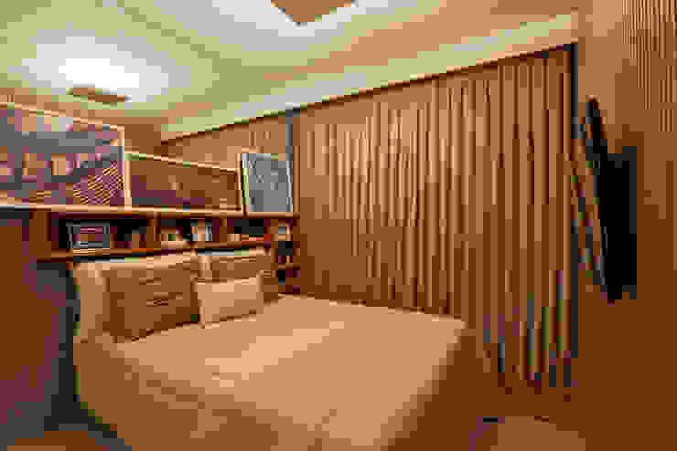 Modern Bedroom by SESSO & DALANEZI Modern