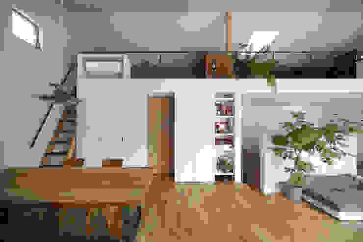 春風の家 モダンデザインの ダイニング の 樋口章建築アトリエ モダン
