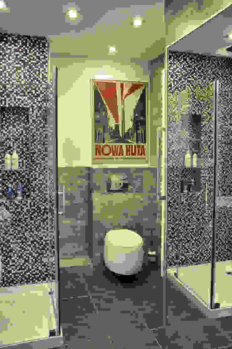 Mieszkanie dwupoziomowe w Kiełczowie Nowoczesna łazienka od Pracownia Kaffka Nowoczesny