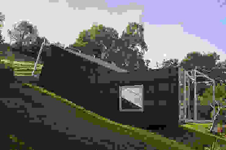 Casas de estilo ecléctico de Spiegel Fassadenbau Ecléctico