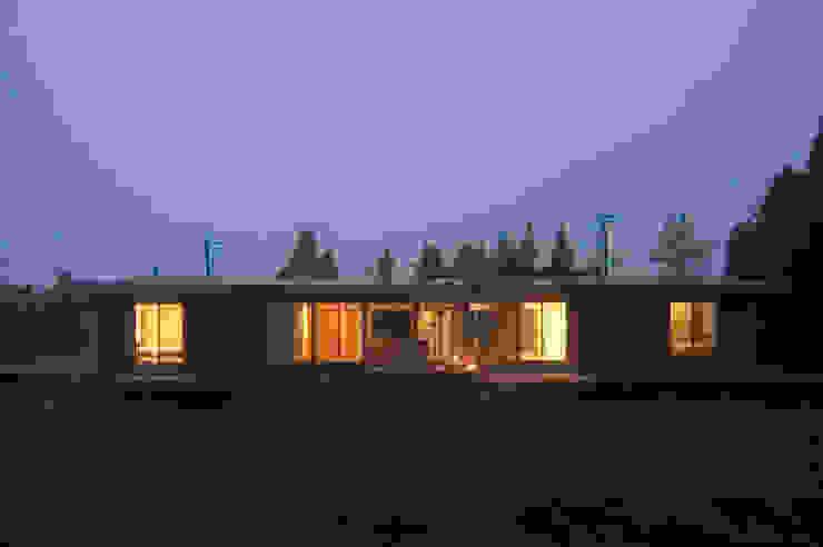 Modern houses by 長谷雄聖建築設計事務所 Modern