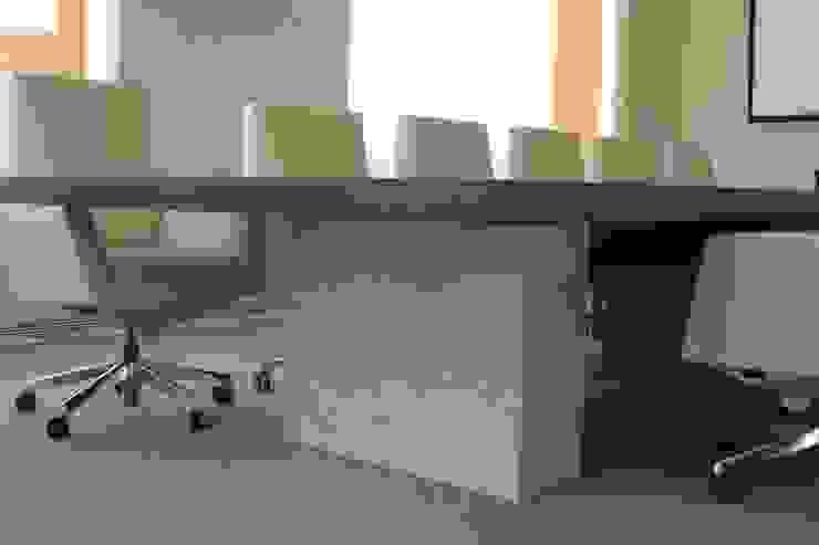 REFORMA PLANTA OFICINAS. EDIFICIO BANKINTER. MADRID. 2014 En colaboración con RAFAEL MONEO de Bescos-Nicoletti Arquitectos Moderno