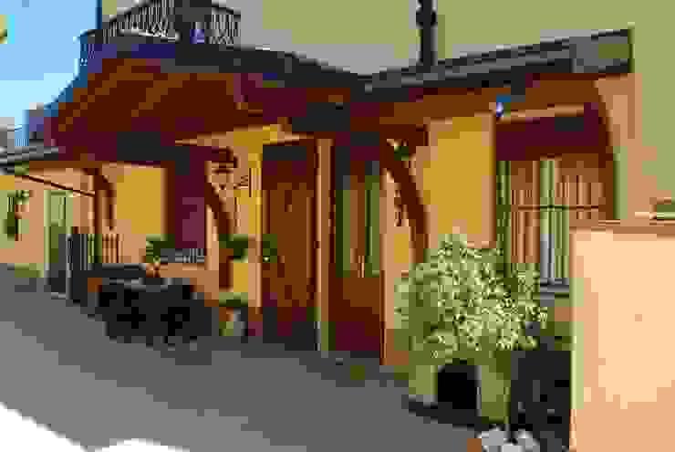 Balcon, Veranda & Terrasse classiques par Alfa Porticati S.r.l.s. Classique