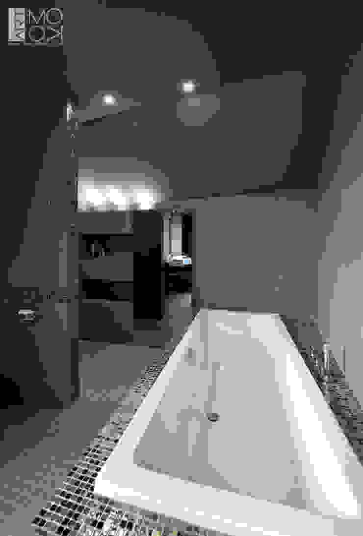 モダンスタイルの お風呂 の Pracownia projektowa artMOKO モダン