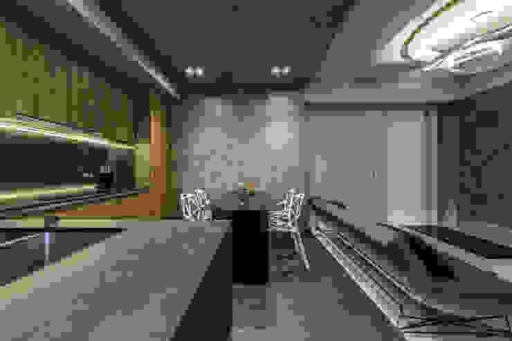 Михаил Новинский (MNdesign) Minimalist kitchen