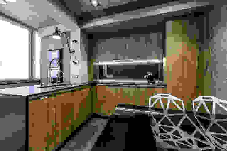 Minimalist kitchen by Михаил Новинский (MNdesign) Minimalist