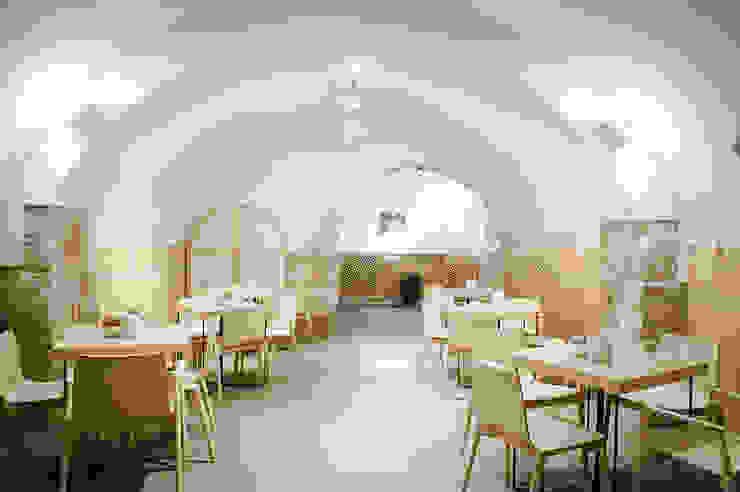 Mediterranean style bars & clubs by DressHome di Maria Incampo Mediterranean