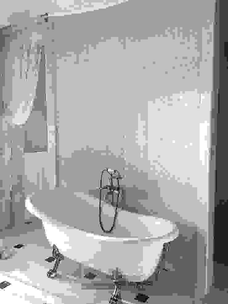 Ванная комната Ванная в классическом стиле от Olga's Studio Классический