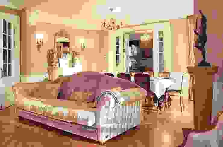 Гостиная Гостиная в классическом стиле от Olga's Studio Классический