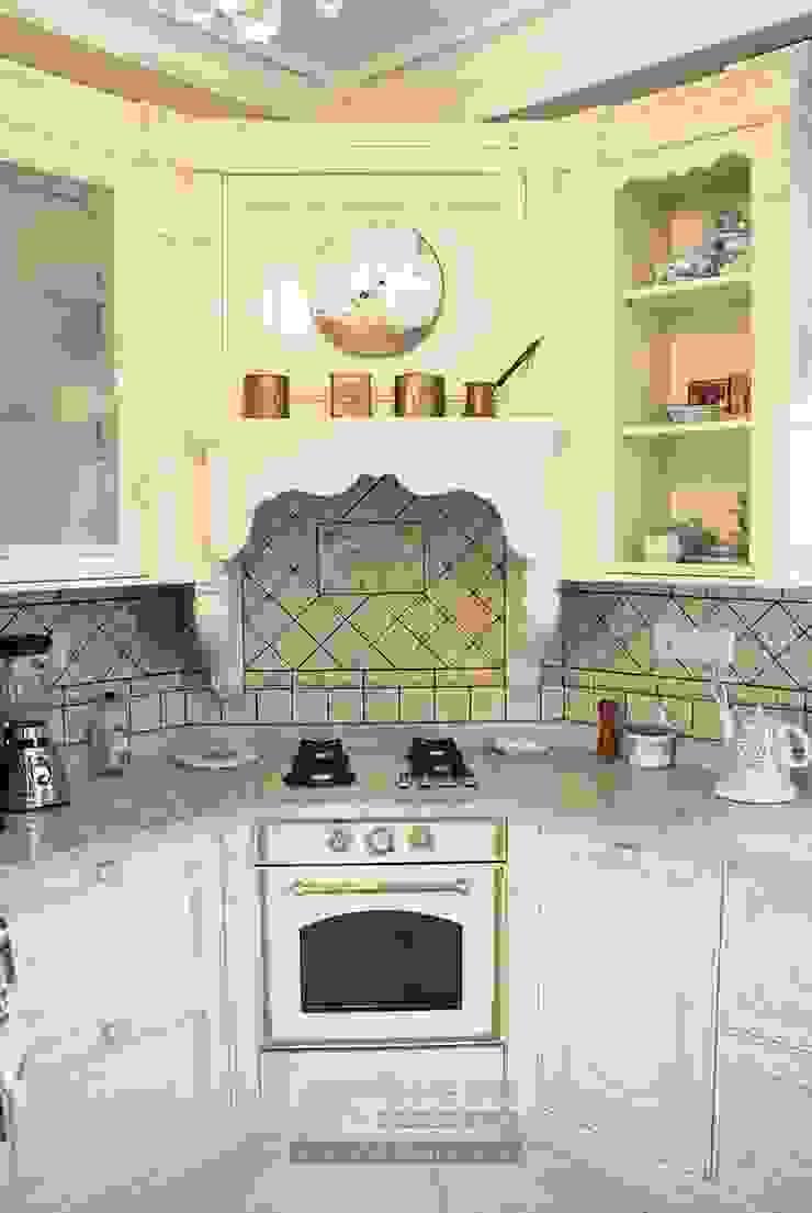 Кухня Кухня в классическом стиле от Olga's Studio Классический