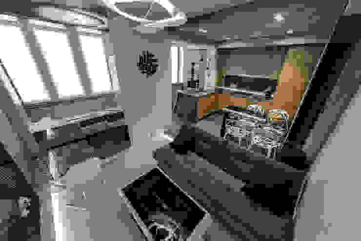 Михаил Новинский (MNdesign) Minimalist living room