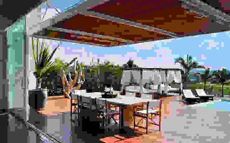 Deck Varandas, alpendres e terraços modernos por Maurício Queiróz Moderno