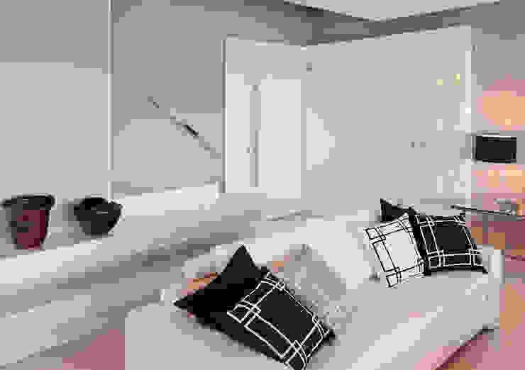 DUPLEX 490m² Salas de estar modernas por Nejaim Azevedo Arquitetos Associados Moderno