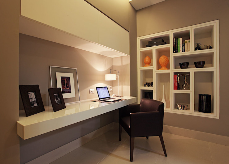 DUPLEX 490m² Escritórios modernos por Nejaim Azevedo Arquitetos Associados Moderno