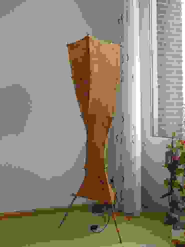 lichtsculptuur Margane: modern  door Elly Pingen Ecodesign , Modern