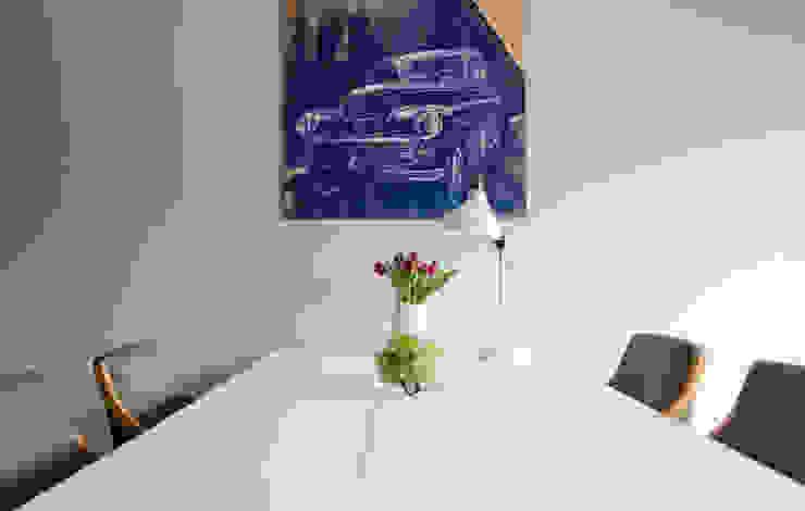 mieszkanie pomiędzy miastami | between big cities: styl , w kategorii Jadalnia zaprojektowany przez Studio Malina,Skandynawski