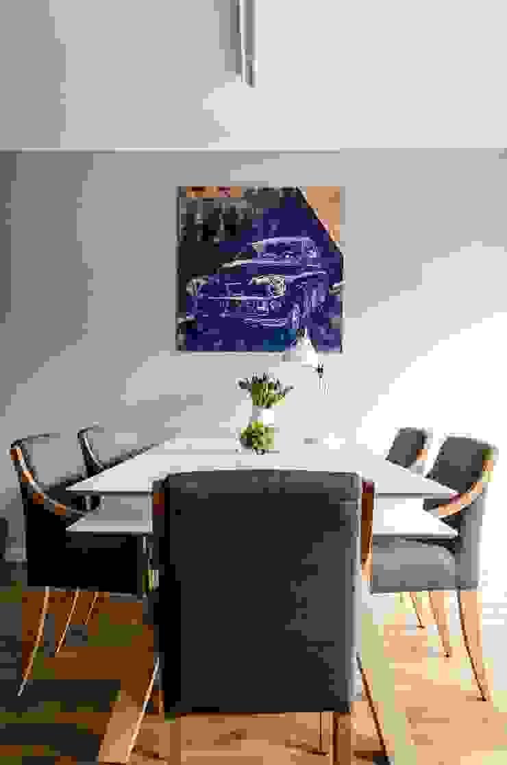 mieszkanie pomiędzy miastami | between big cities Skandynawska jadalnia od Studio Malina Skandynawski