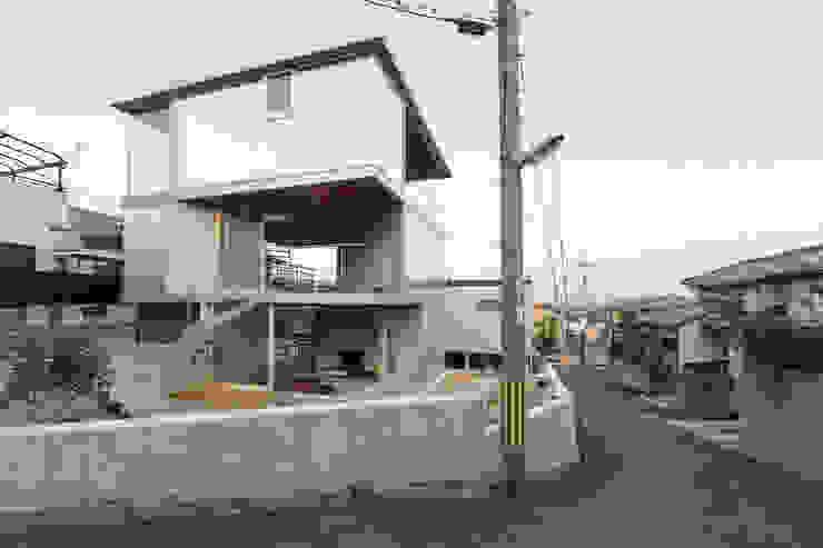あやめ池の家 モダンな 家 の 小松一平建築設計事務所 モダン