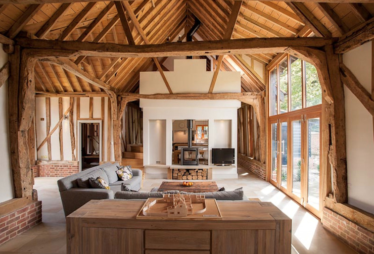 Main 17th Century Barn Space Salones de estilo rural de Beech Architects Rural