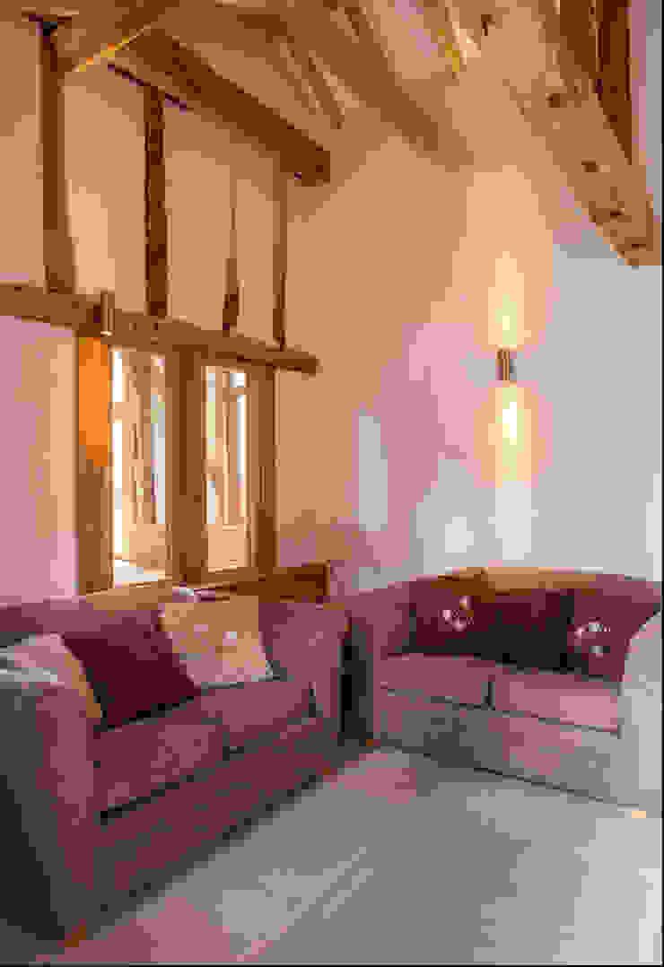 Snug Salas de entretenimiento de estilo rural de Beech Architects Rural