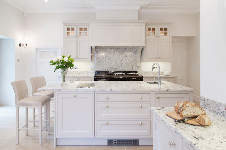 Кухня в классическом стиле от homify Классический