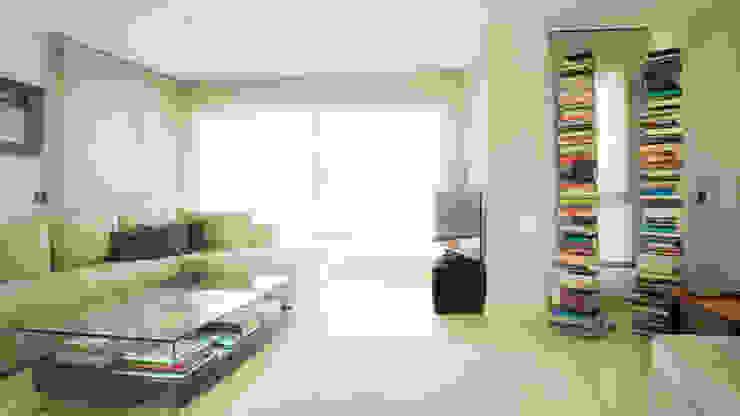 Minimalistische Wohnzimmer von Empresa constructora en Madrid Minimalistisch