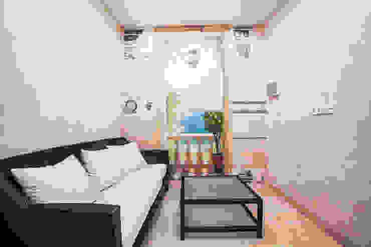 Комната отдыха Гостиная в классическом стиле от Технологии дизайна Классический
