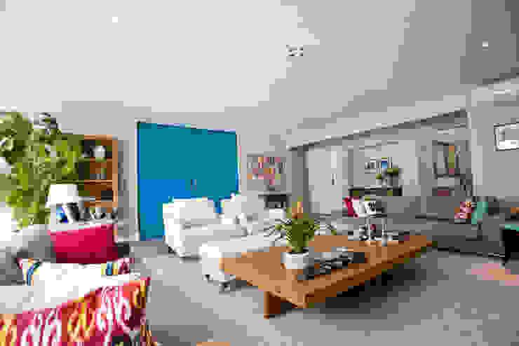 Apartamento Jardins - SP Salas de estar ecléticas por Codecorar Eclético