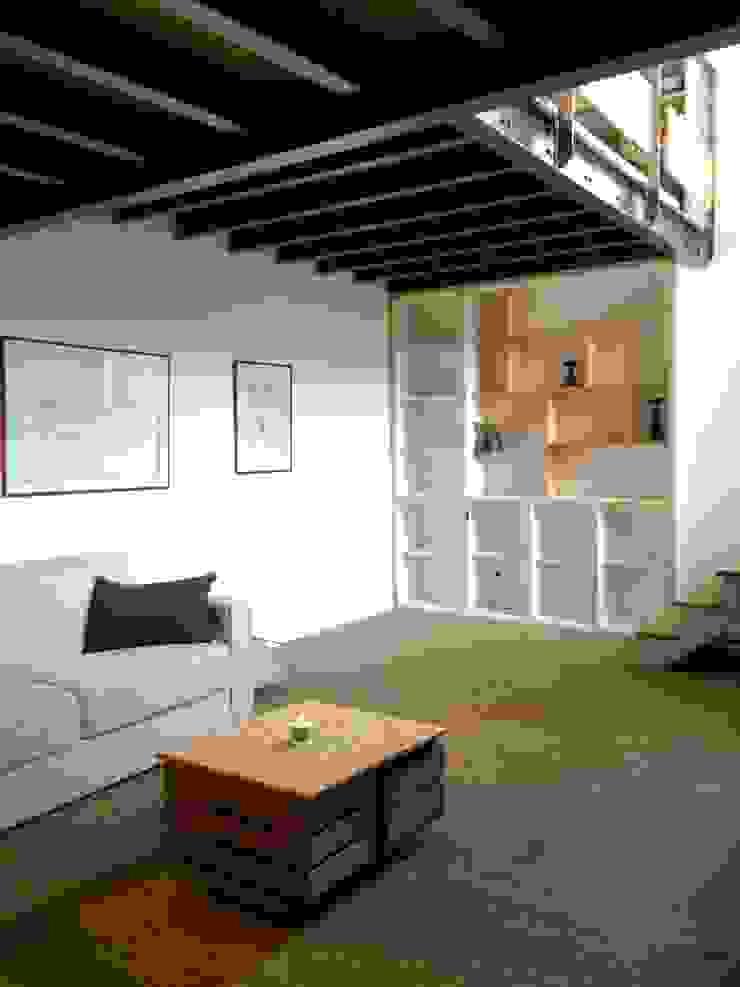 Salas de estilo moderno de Atelier d'Ersu & Blanco Moderno