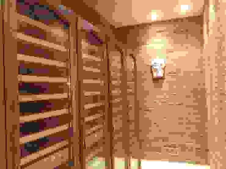 Vista bodega de Gramil Interiorismo II - Decoradores y diseñadores de interiores Rústico