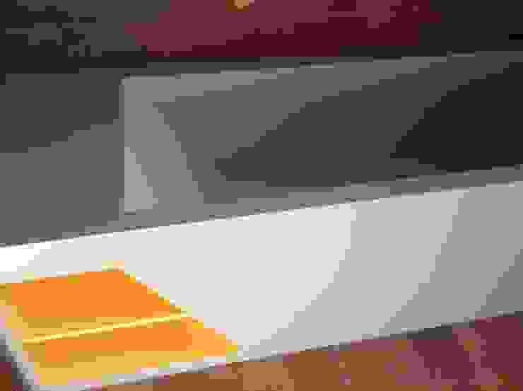 Detalle bañera Corian de Gramil Interiorismo II - Decoradores y diseñadores de interiores Minimalista