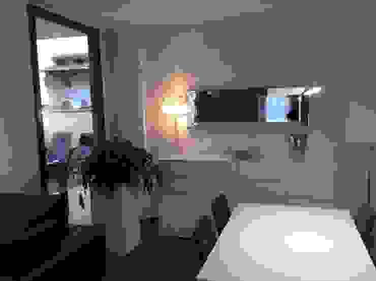 Vista comedor-terraza Comedores de estilo moderno de Gramil Interiorismo II - Decoradores y diseñadores de interiores Moderno