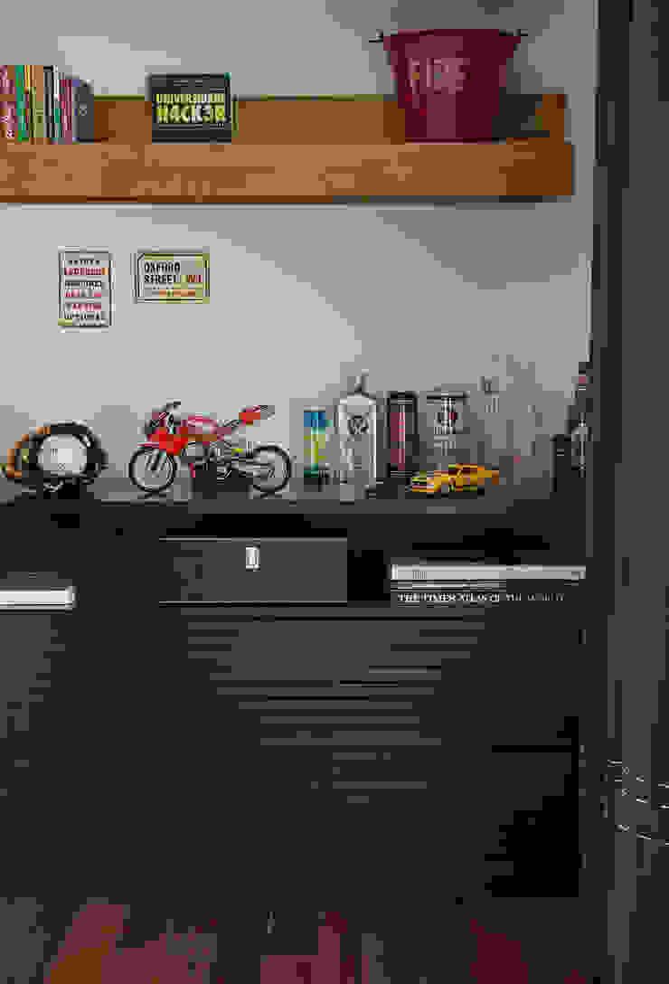 Vilma Massud Design de Interiores BedroomWardrobes & closets