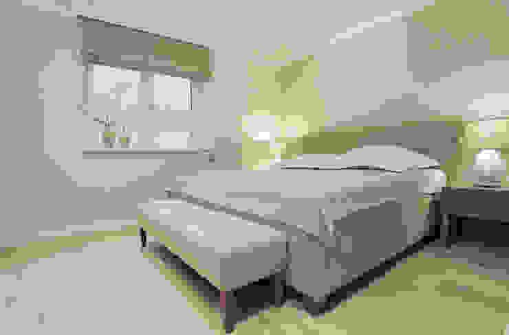 FERIENWOHNUNG SYLT Schlafzimmer im Landhausstil von SALLIER WOHNEN HAMBURG Landhaus