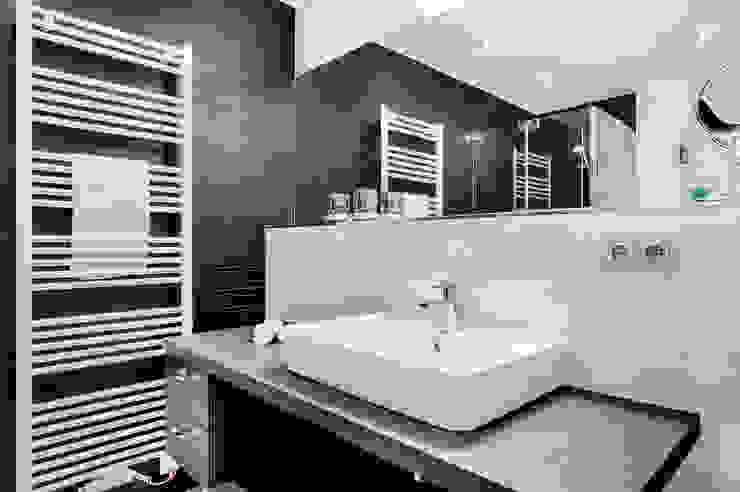 Appartement Heiligendamm Moderne Badezimmer von SALLIER WOHNEN HAMBURG Modern