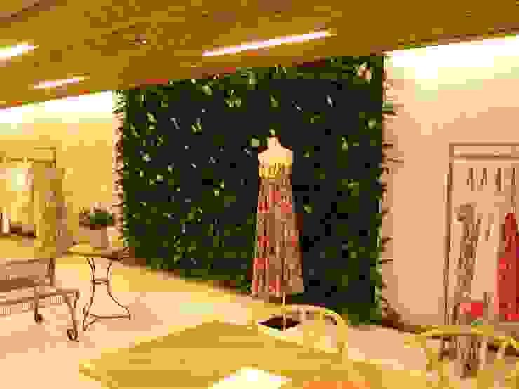 Quadro Vivo Urban Garden Roof & Vertical Kantor & Toko Minimalis