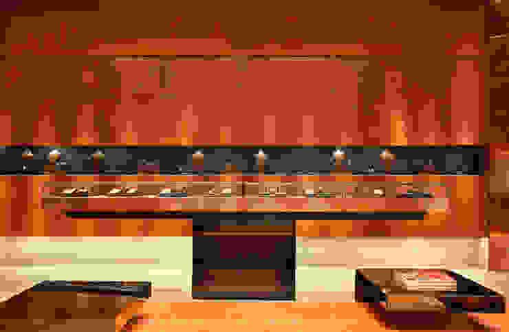 Animale Lojas & Imóveis comerciais modernos por Santa Irreverência Arquitetura Design e Construção Moderno