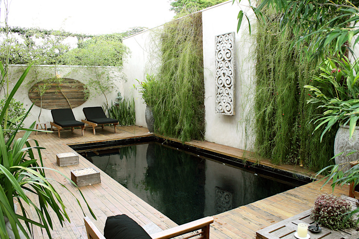 Asian style garden by Quadro Vivo Urban Garden Roof & Vertical Asian