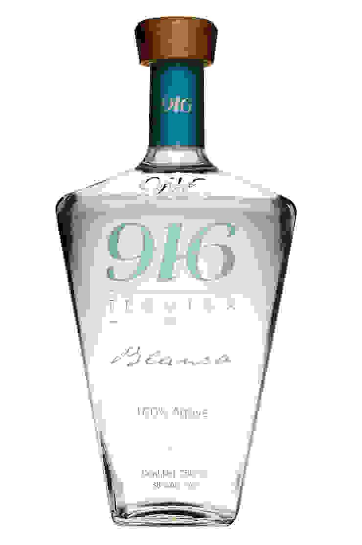 Botella Tequila 916 blanco de Disémica Moderno