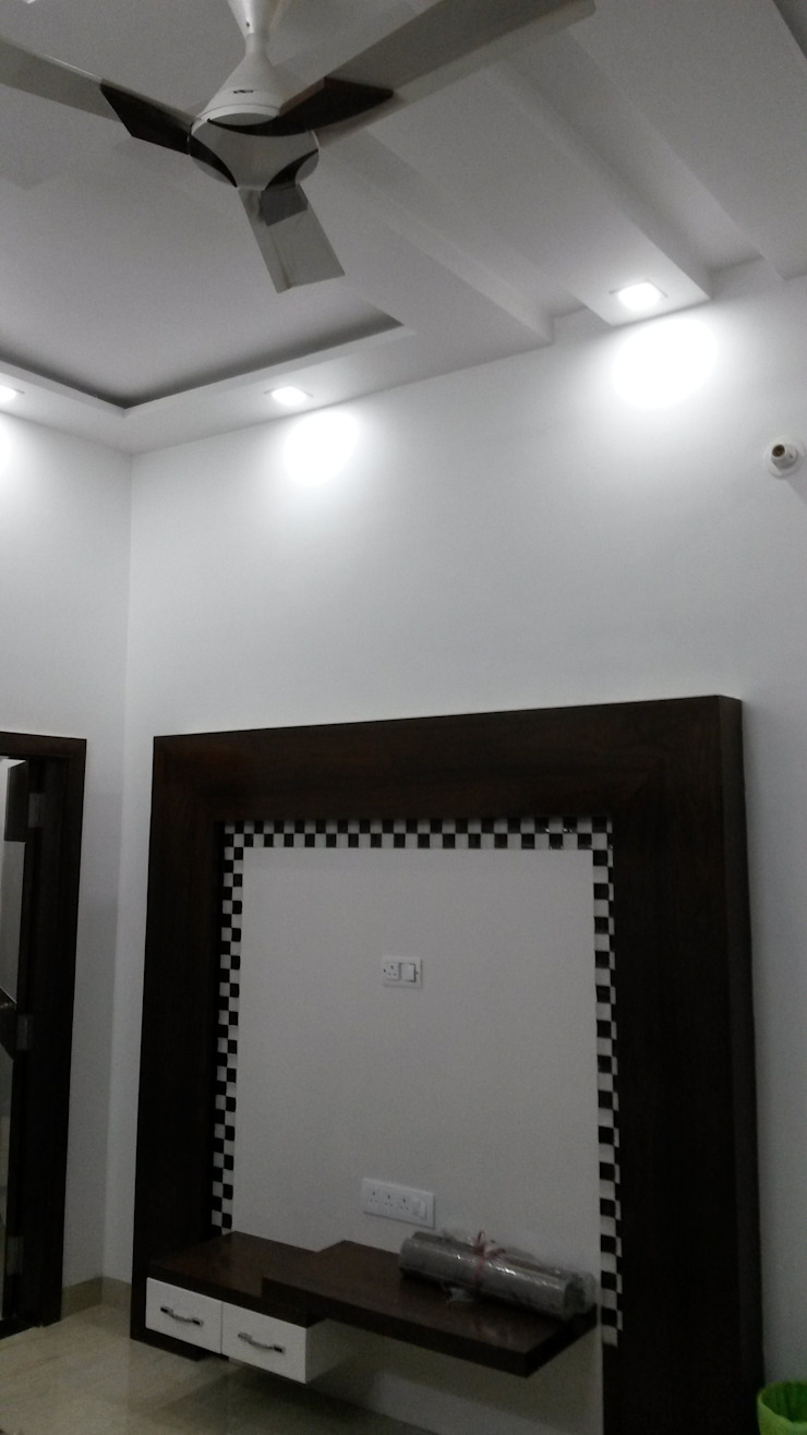 LALIT KUMAR FULWANI: modern  by MAA ARCHITECTS & INTERIOR DESIGNERS,Modern
