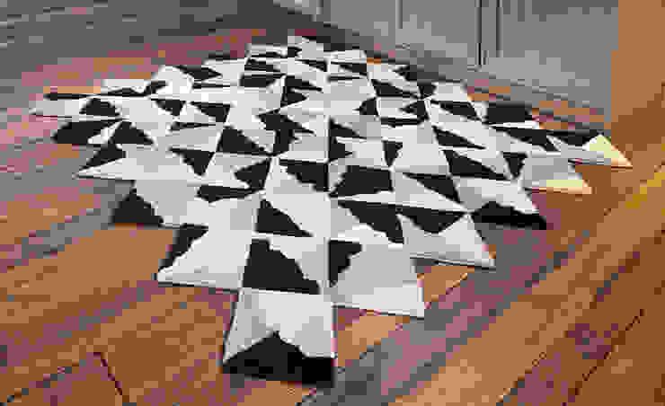 Kangan Arora - Kites Mono FLOOR_STORY Walls & flooringCarpets & rugs