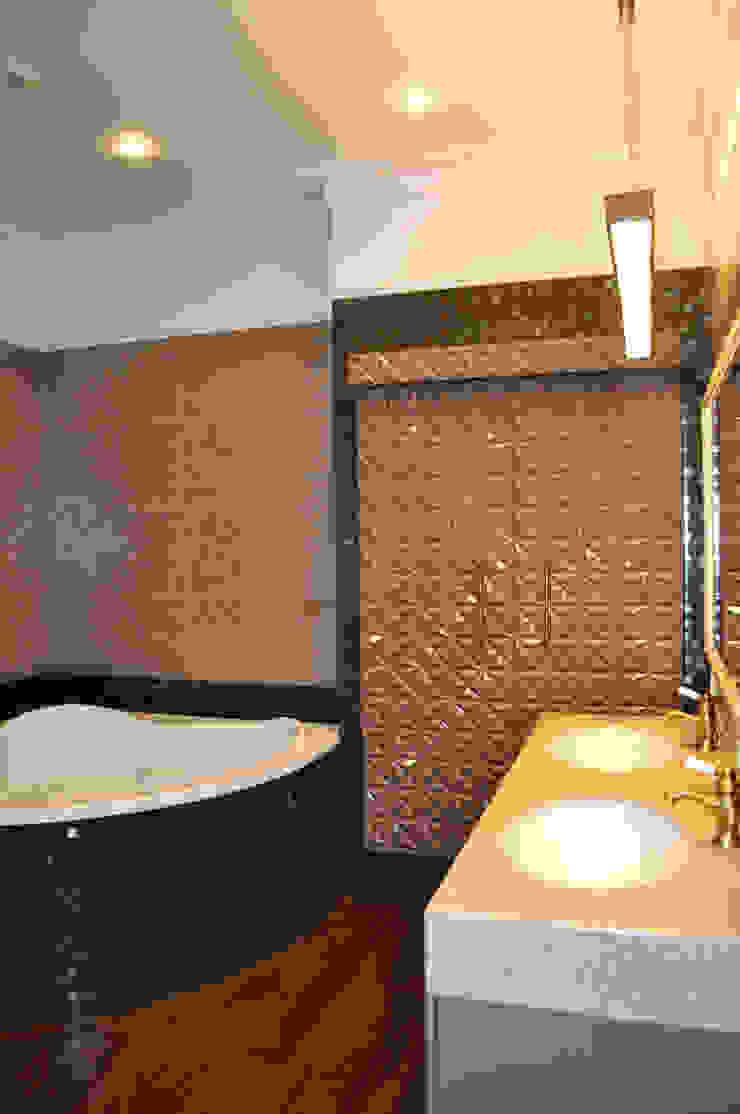 КРЕМ-БРЮЛЕ <q>ПО-КЛАССИЧЕСКИ</q> Ванная в классическом стиле от студия дизайна архитектурной среды 'S-KVADRAT' Классический