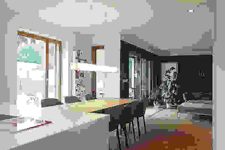 Haus N Moderne Esszimmer von marcbetz architektur Modern