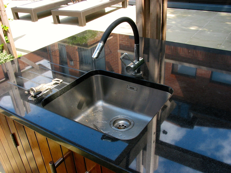 Arwa tap Classic style garden by wood-fired oven Classic